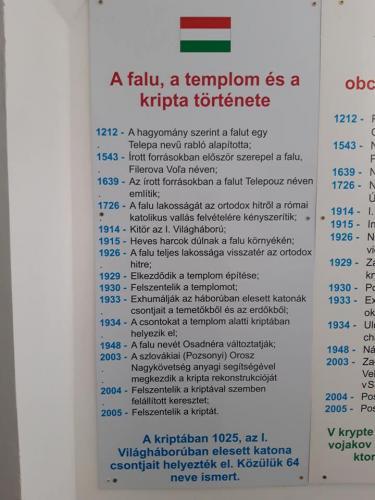 Informačná tabuľa v maďarčine.