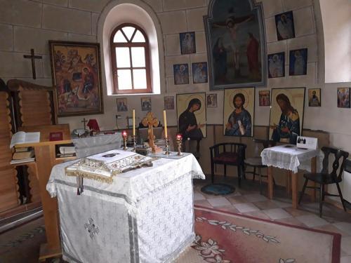 Oltárna časť chrámu