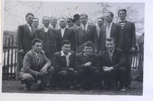 1958. Chlapi pri cekrvi