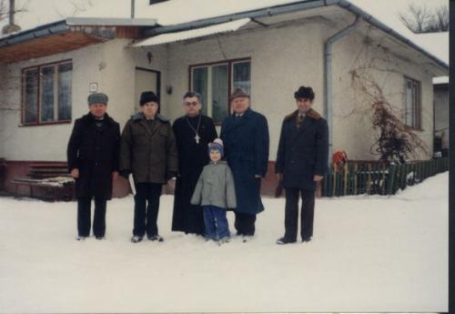 1996. Otec Petrovka s kuratormi