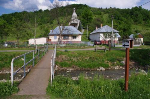 Pravoslávny chrám v jari