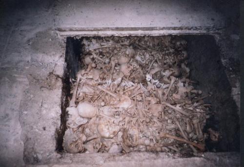 Otvorený hrob