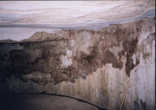 Zničené múry